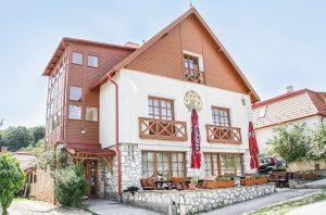 Gasthaus in Csesznek, unsere 3. Unterkunft auf dem Marienweg