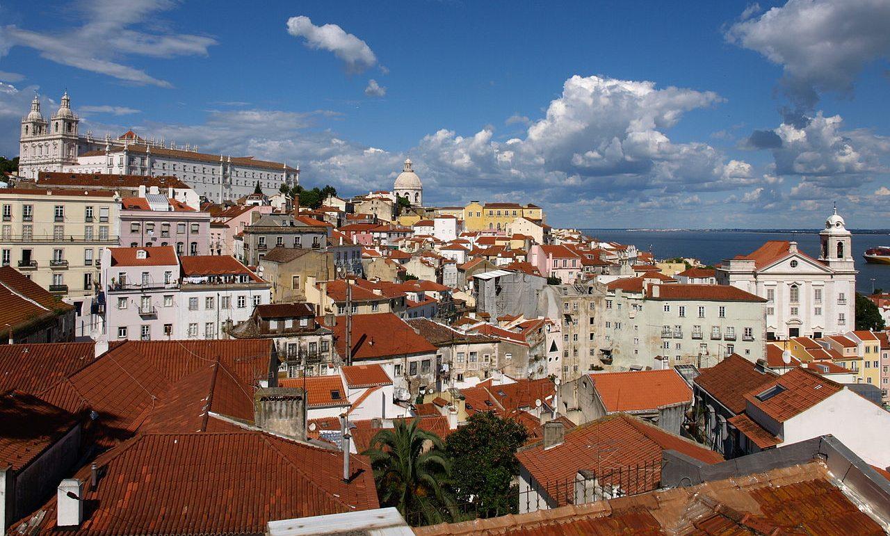 Lisszabon felülről - Fatimai utunk során itt landolunk